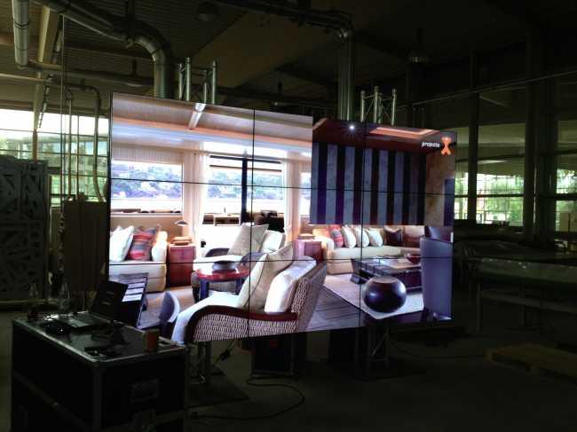 Stegloswand aus rahmenlose Bildschirme zum Mieten Samsung LED Monitore ohne Rahmen